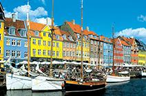 Foto del puerto y ciudad de Copenhagen