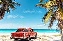 Playa de auto clásico en playas de Varadero